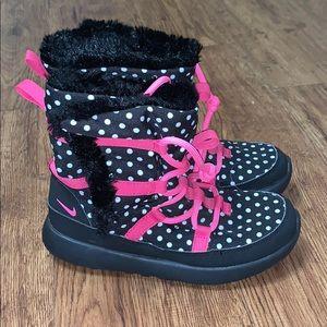 Kid's Nike Roshe Polka Dot Fur Boots Sz 1Y